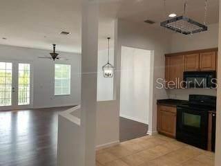 4249 Corrine Drive #304, Orlando, FL 32814 (MLS #O5901691) :: Carmena and Associates Realty Group