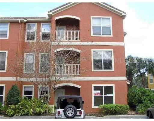 8813 Villa View Circle #106, Orlando, FL 32821 (MLS #O5902727) :: Real Estate Chicks