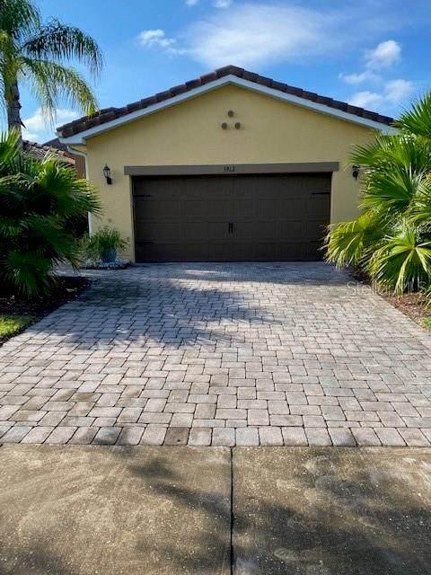 3812 Golden Knot Drive, Kissimmee, FL 34746 (MLS #O5905319) :: RE/MAX Premier Properties