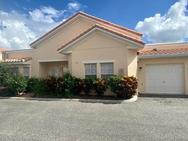979 David Walker Drive E6, Tavares, FL 32778 (MLS #O5905697) :: Realty One Group Skyline / The Rose Team