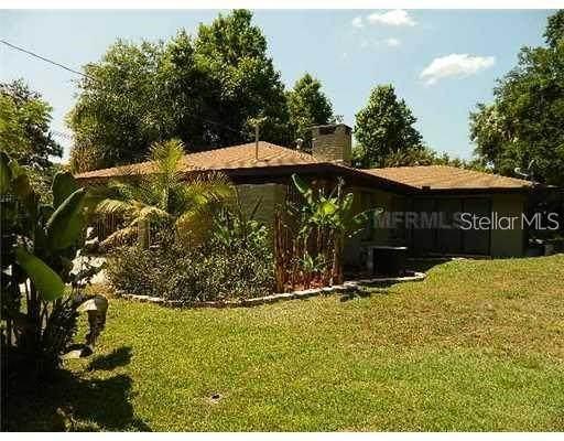 8 Pine Court, Yalaha, FL 34797 (MLS #O5908559) :: Team Pepka
