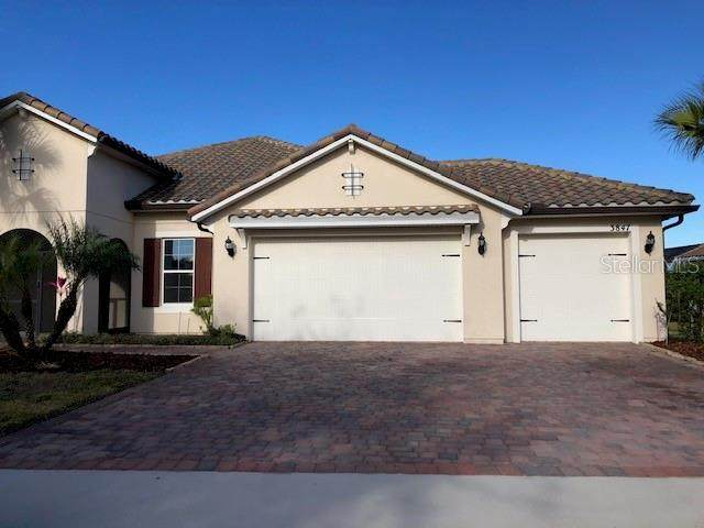 3847 Shoreside Drive, Kissimmee, FL 34746 (MLS #O5917558) :: RE/MAX Marketing Specialists