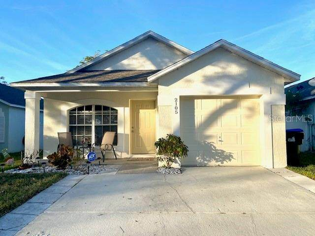 2105 Phonecia Court, Orlando, FL 32837 (MLS #O5918773) :: Dalton Wade Real Estate Group