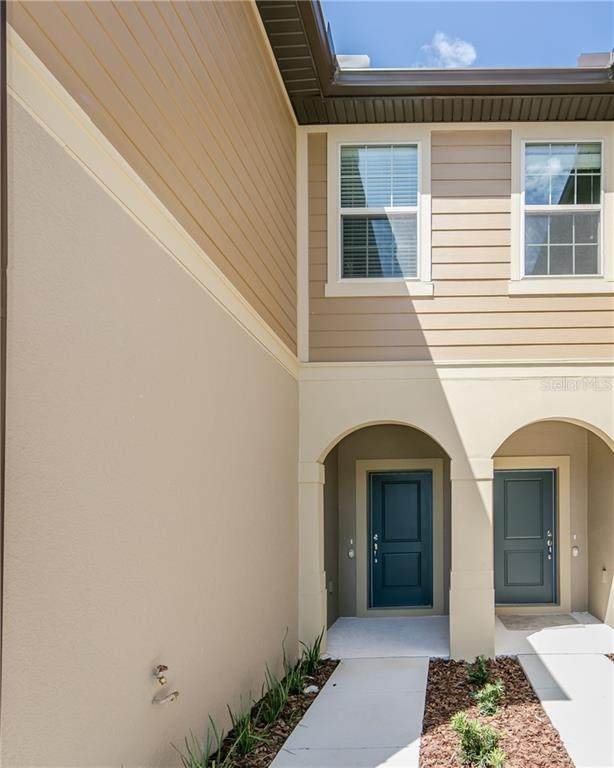 1085 Pavia Drive, Apopka, FL 32703 (MLS #O5918845) :: Godwin Realty Group
