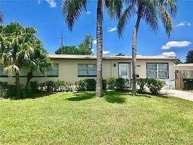 1000 Delphinium Drive, Orlando, FL 32825 (MLS #O5919737) :: Pepine Realty