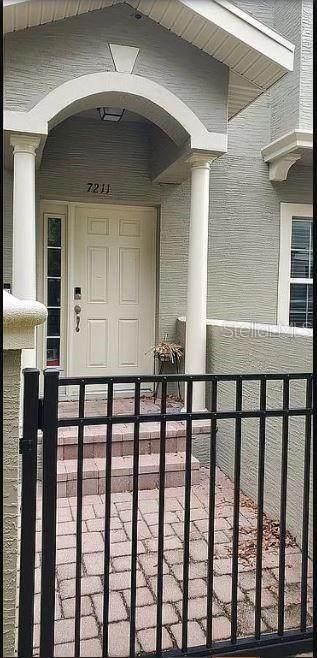 7211 101ST Lane, Seminole, FL 33772 (MLS #O5926607) :: Zarghami Group