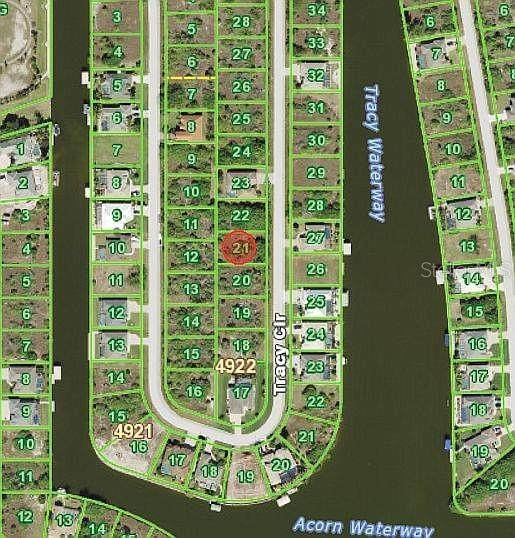 8267 Tracy Circle, Port Charlotte, FL 33981 (MLS #O5928255) :: Alpha Equity Team