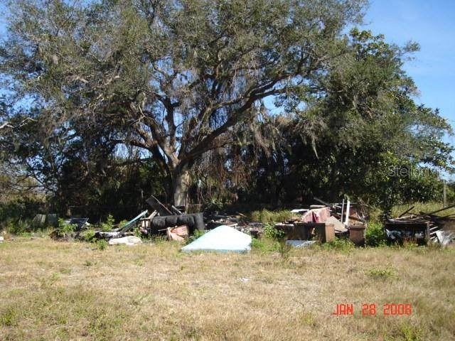 2703 E Main Street, Mims, FL 32754 (MLS #O5931193) :: Your Florida House Team