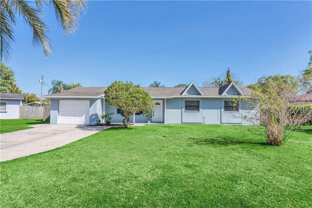 920 Carvell Drive - Photo 1