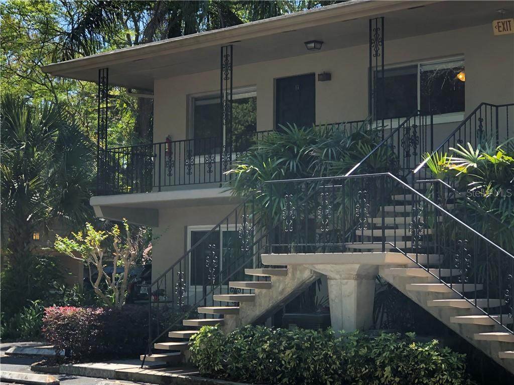 644 Knowles Avenue - Photo 1