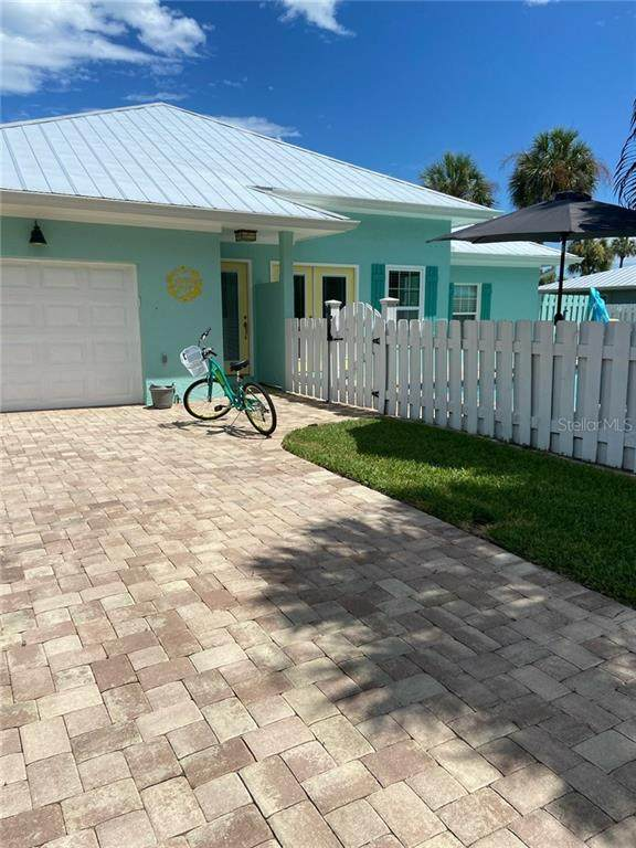 206 83RD Street, Holmes Beach, FL 34217 (MLS #O5934605) :: SunCoast Home Experts