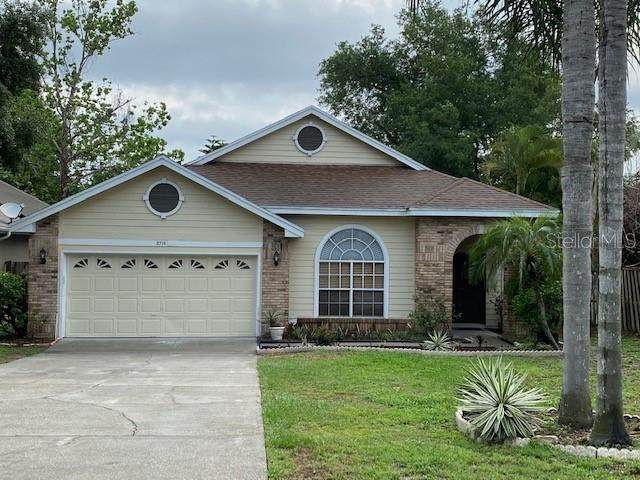 2715 Grantham Court, Orlando, FL 32835 (MLS #O5937262) :: Bustamante Real Estate