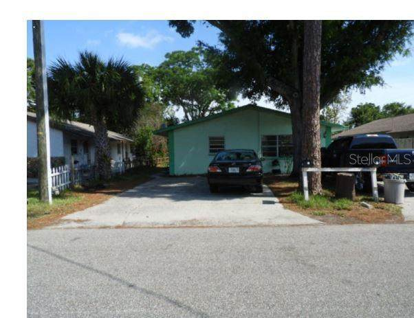 5843-5845 Elm Street NE, New Port Richey, FL 34652 (MLS #O5940776) :: Team Borham at Keller Williams Realty