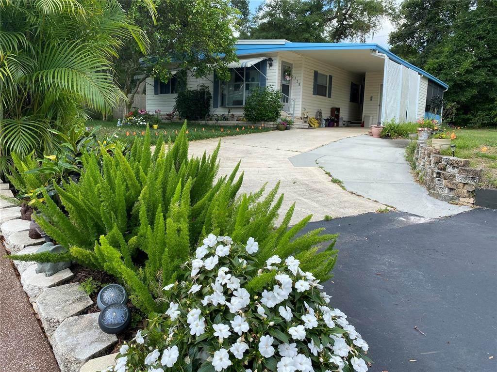 128 Pinewood Terrace - Photo 1