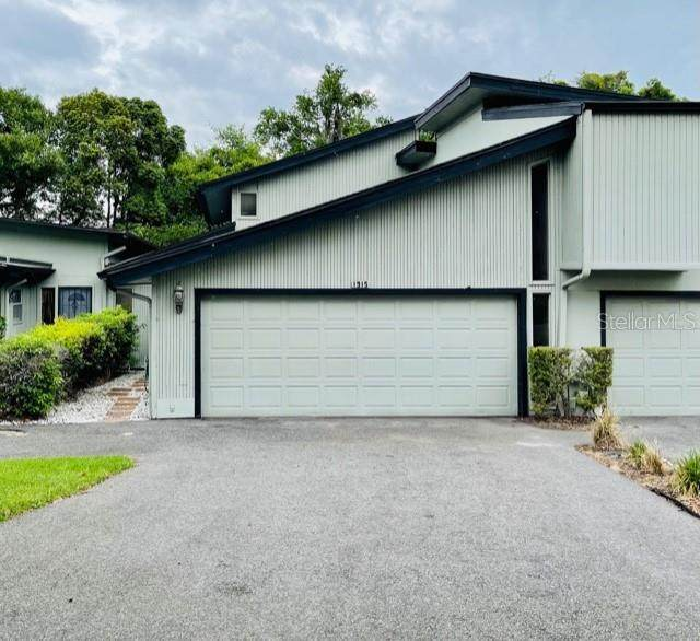 1915 Lake Alden Drive Aa, Apopka, FL 32712 (MLS #O5943532) :: Young Real Estate