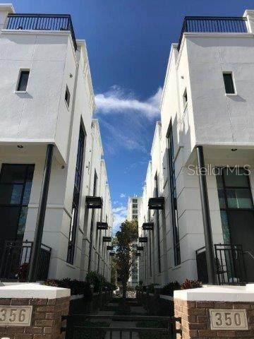 350 S Osceola Avenue #4, Orlando, FL 32801 (MLS #O5948151) :: Rabell Realty Group