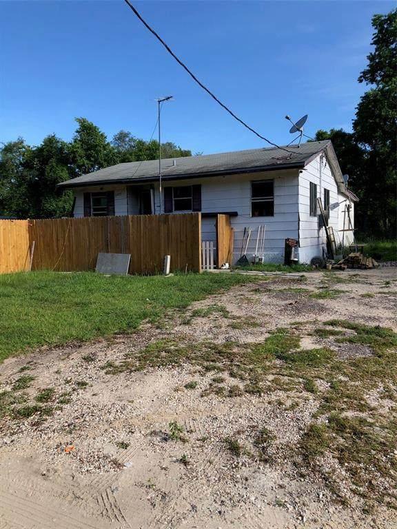 20715 SE 141ST Place, Umatilla, FL 32784 (MLS #O5948270) :: Bustamante Real Estate