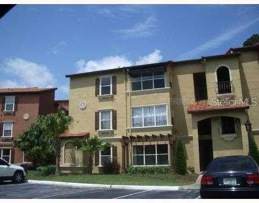 5120 Conroy Road #526, Orlando, FL 32811 (MLS #O5949404) :: Heckler Realty