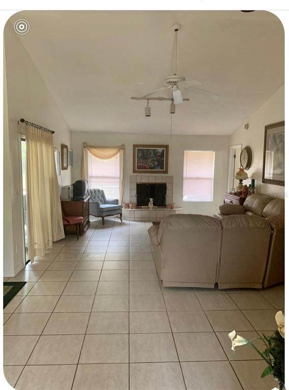 2232 Winslow Circle, Casselberry, FL 32707 (MLS #O5951607) :: Godwin Realty Group