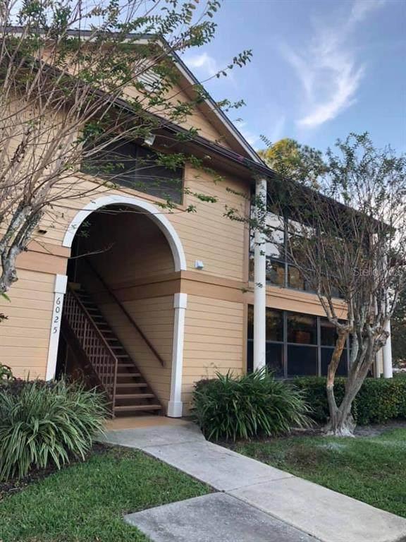 6025 Scotchwood Glen #104, Orlando, FL 32822 (MLS #O5957581) :: Premium Properties Real Estate Services