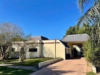 8484 Bay Hill Boulevard, Orlando, FL 32819 (MLS #O5958491) :: Pristine Properties