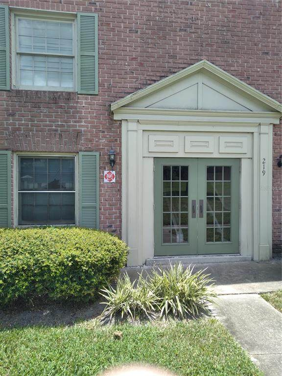 219 Georgetown Drive A, Casselberry, FL 32707 (MLS #O5961135) :: Delgado Home Team at Keller Williams