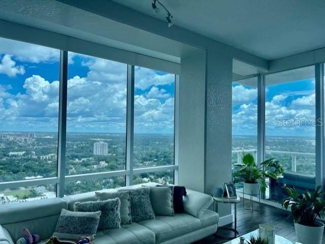 150 E Robinson Street 28B-5, Orlando, FL 32801 (MLS #O5971743) :: Zarghami Group