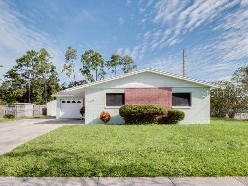 5975 Abercorn Drive, Orlando, FL 32812 (MLS #O5973266) :: Alpha Equity Team