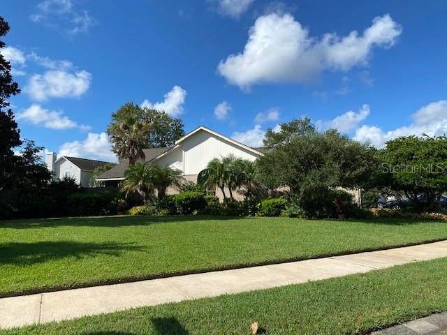 1001 Pearson Drive, Oviedo, FL 32765 (MLS #O5980150) :: Baird Realty Group
