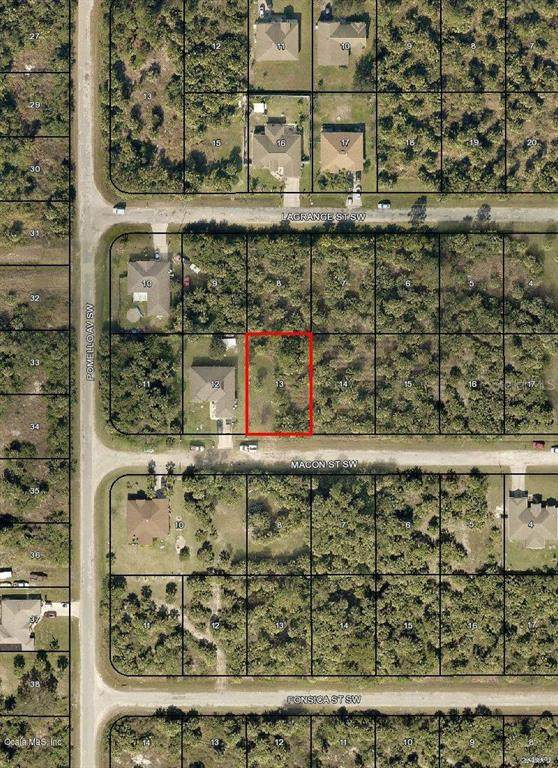 577 SW Macon Street, Palm Bay, FL 32908 (MLS #OM544541) :: Team Buky