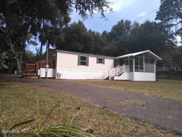 13215 SE 109th Terr., Ocklawaha, FL 32179 (MLS #OM562776) :: Lockhart & Walseth Team, Realtors