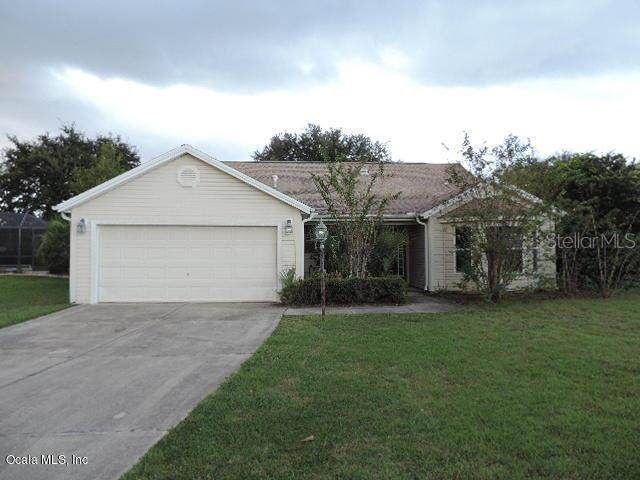 2555 Caribe Drive, The Villages, FL 32162 (MLS #OM564844) :: Realty Executives in The Villages