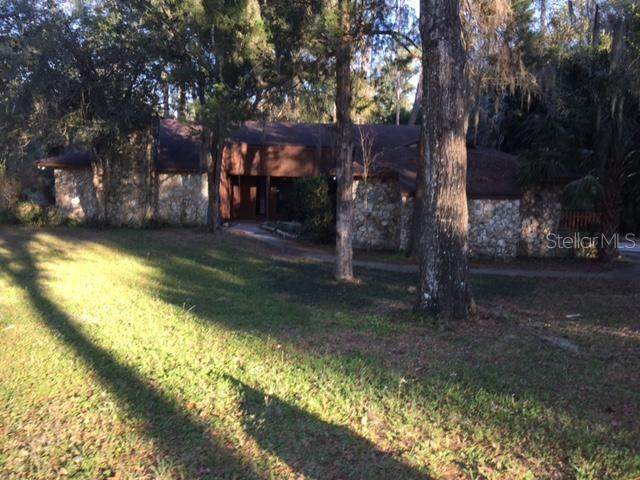 8175 NW 45TH Lane, Ocala, FL 34482 (MLS #OM600308) :: EXIT King Realty