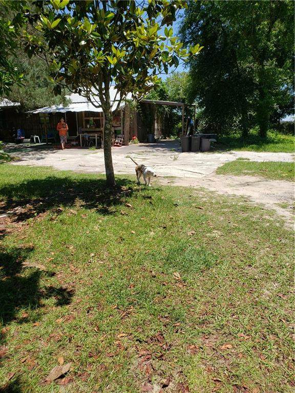 12715 NE 80TH Avenue, Bronson, FL 32621 (MLS #OM603487) :: Griffin Group