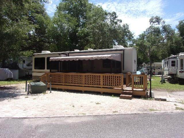 14432 NE 252ND COURT Road, Salt Springs, FL 32134 (MLS #OM604787) :: Rabell Realty Group