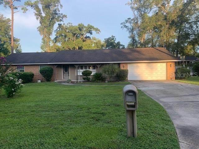 1762 SE 38TH Court, Ocala, FL 34471 (MLS #OM607009) :: Prestige Home Realty