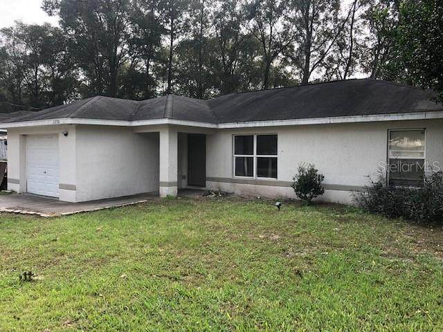 11230 NW 8TH Lane, Ocala, FL 34482 (MLS #OM611826) :: Griffin Group
