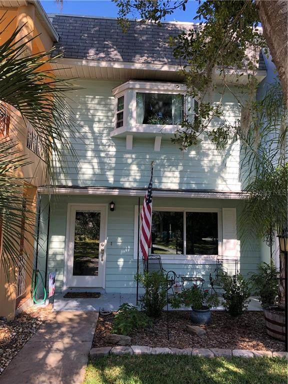 8830 SW 98TH Place C, Ocala, FL 34481 (MLS #OM613832) :: Griffin Group