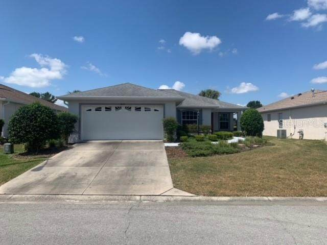 9672 SW 92ND PLACE Road, Ocala, FL 34481 (MLS #OM621618) :: Griffin Group