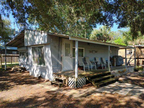 23661 NE 135TH Place, Fort Mc Coy, FL 32134 (MLS #OM621880) :: The Hustle and Heart Group
