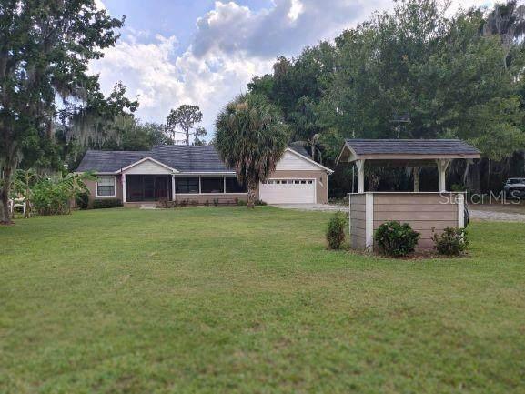 9610 NE 306TH Court, Fort Mc Coy, FL 32134 (MLS #OM621882) :: Southern Associates Realty LLC
