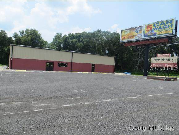 9662 SE Us Highway 441, Belleview, FL 34420 (MLS #OM623815) :: Premium Properties Real Estate Services