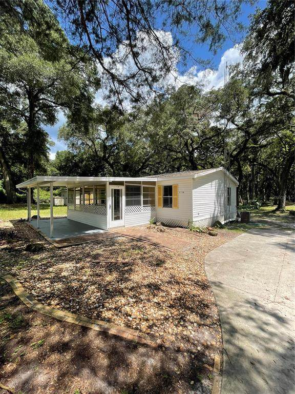11816 SW 145TH Street, Dunnellon, FL 34432 (MLS #OM624132) :: Griffin Group