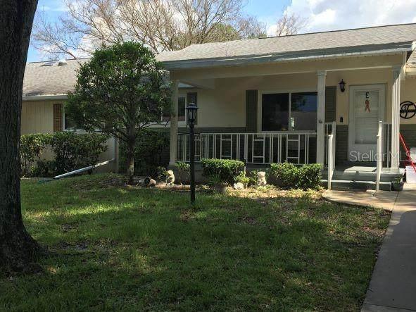 8635 SW 95TH Street E, Ocala, FL 34481 (MLS #OM624255) :: Young Real Estate