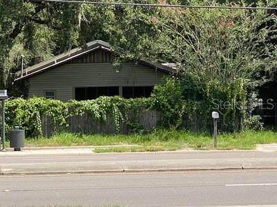 1802 E University Avenue, Gainesville, FL 32641 (MLS #OM624508) :: Delgado Home Team at Keller Williams