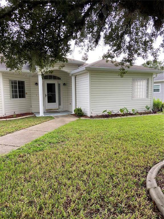 11676 SW 137TH Loop, Dunnellon, FL 34432 (MLS #OM624688) :: Dalton Wade Real Estate Group