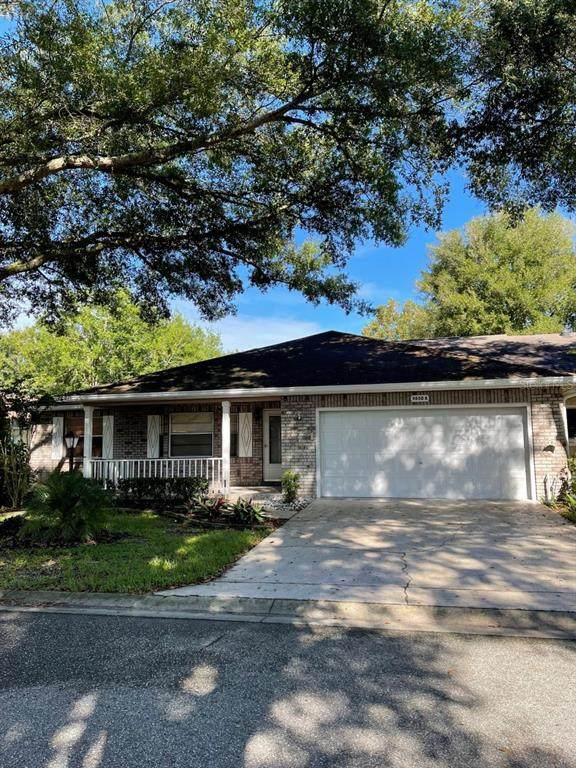 9650 SW 85TH Avenue A, Ocala, FL 34481 (MLS #OM627196) :: The Kardosh Team