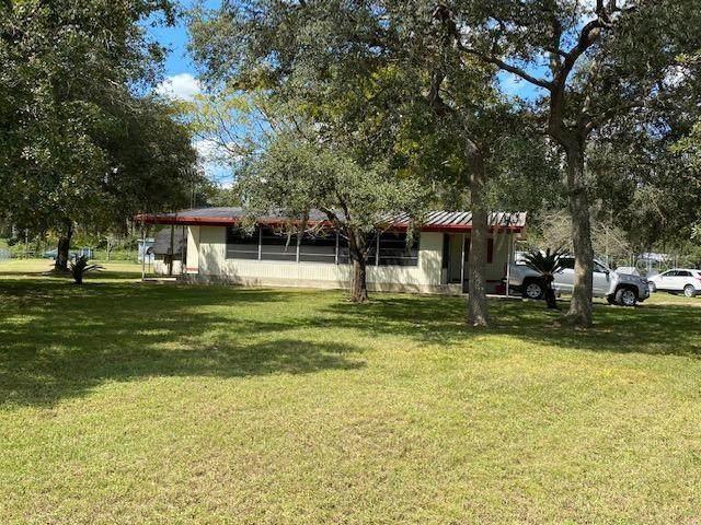 1790 SE 183RD AVENUE Road, Silver Springs, FL 34488 (#OM627962) :: Caine Luxury Team
