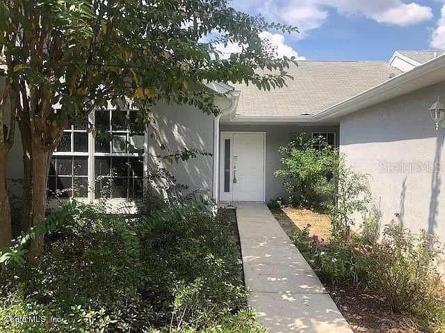 2416 SW 20TH Court, Ocala, FL 34471 (MLS #OM628066) :: Bustamante Real Estate