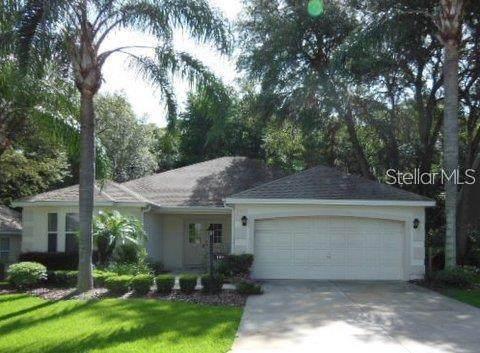 109 Costa Mesa Drive, Lady Lake, FL 32159 (MLS #OM628882) :: Baird Realty Group
